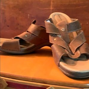 Merrell leather sandals